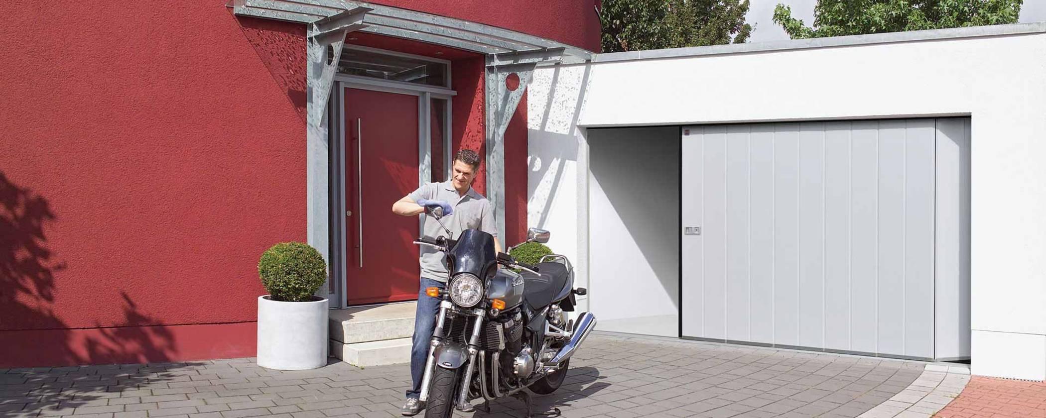 Garage Seiten Sektionaltor von Hörmann in Hannover
