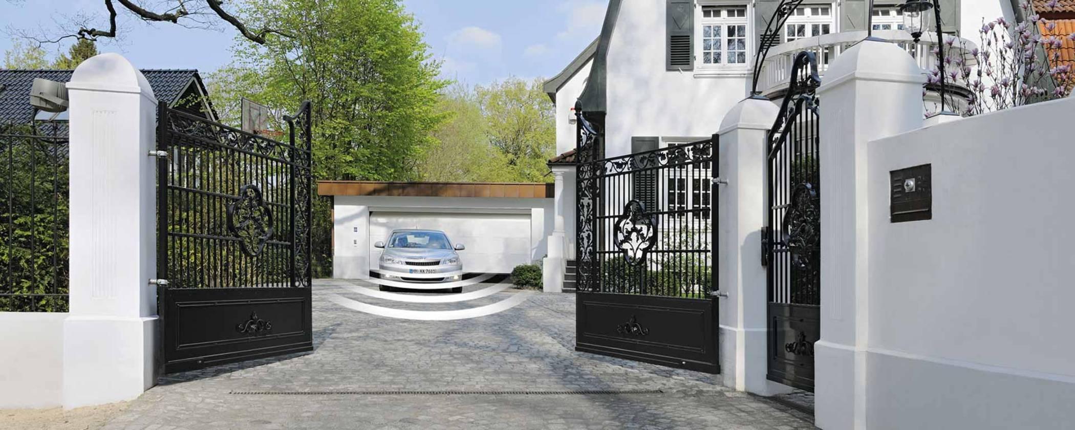 Einfahrtstor Antrieb elektrisch mit Fernbedienung von Hörmann Hannover